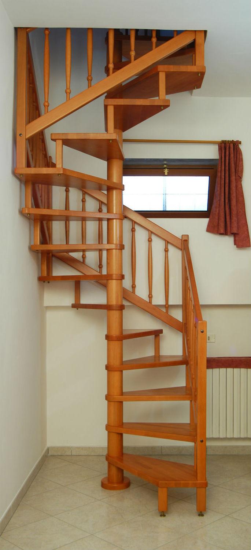 Escalier En Colimacon Carre Structure En Acier Inoxydable Marche