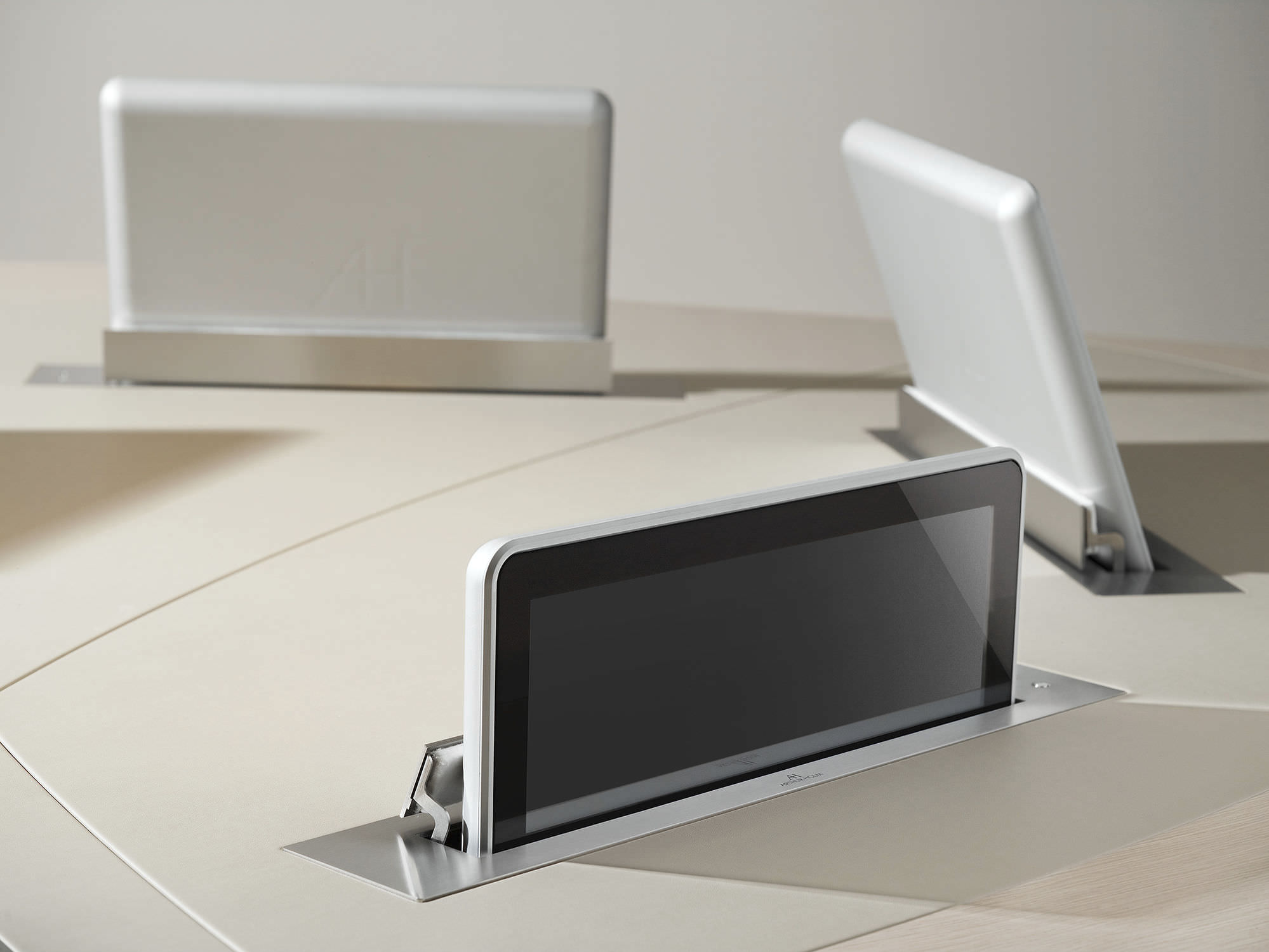 Cran Tactile Pour Table De Conf Rence Mural R Tractable  # Image Des Table Pour Les Ecrans
