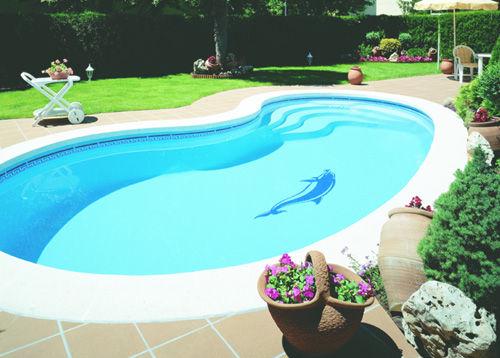 piscine enterrée coque polyester