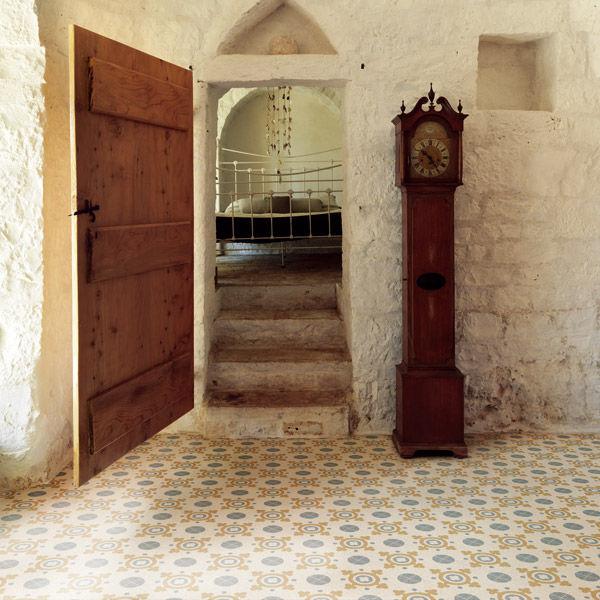 Carrelage de salon / mural / de sol / en grains de marbre - CUBE ...
