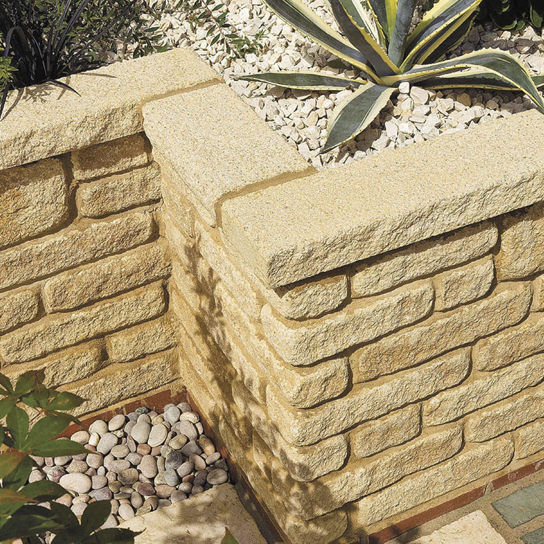 Bordure de jardin / en béton / en pierre reconstituée / en hauteur ...