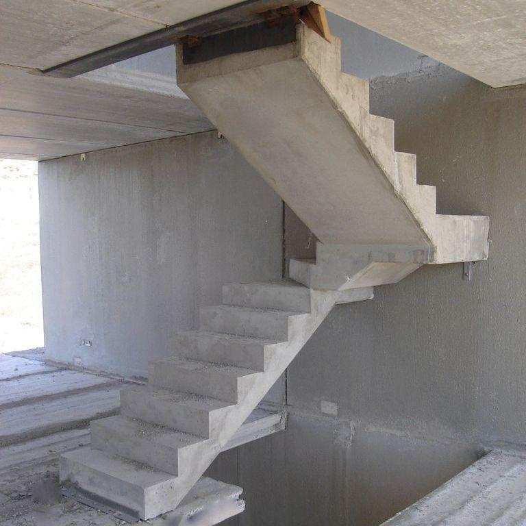 escalier helicoidal en beton arme