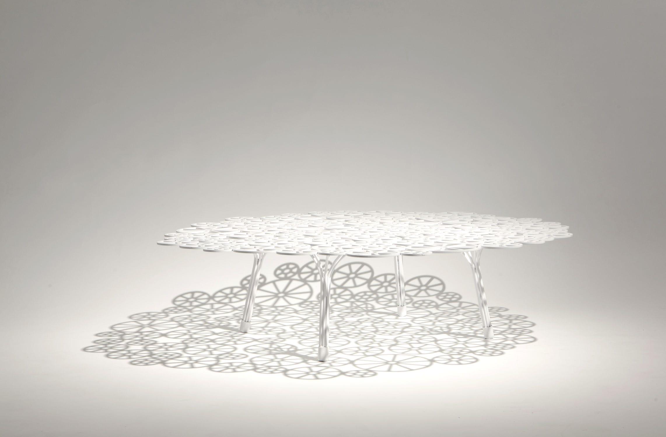Basse De Original Jardin Design Estrela Table En Acier Ronde ...