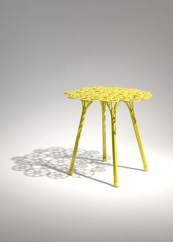 Ronde Acier Table D'appoint By Estrela Original En Design A534LqRj