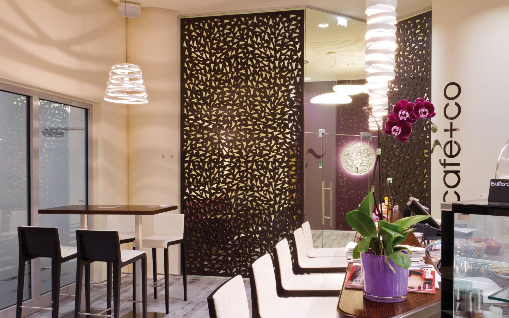 Panneau décoratif MDF / pour cloison / mural / perforé - CAFE+CO ...