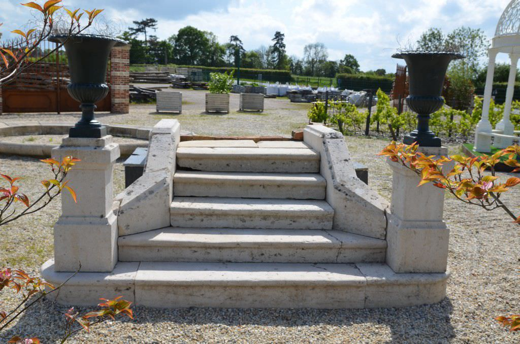 escalier droit marche en pierre sans contremarche traditionnel bca materiaux anciens - Marche En Pierre Exterieur