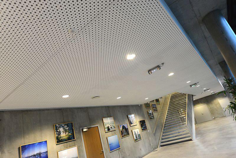 Faux-plafond en plâtre / en dalles / acoustique / perforé - Spacing