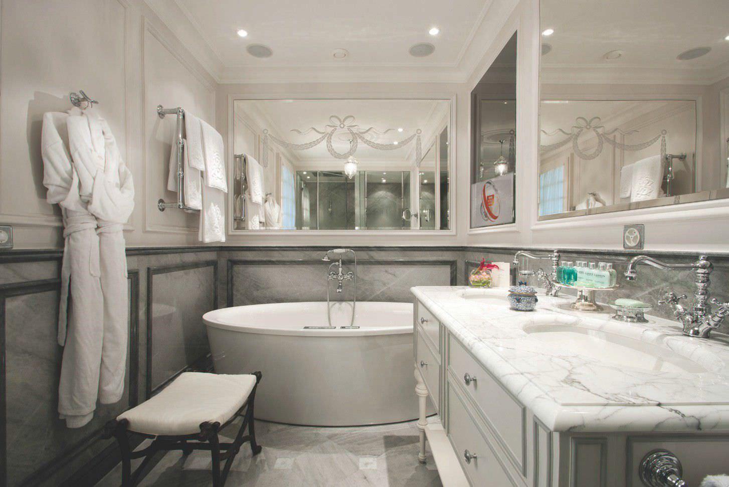 Salle De Bain Avec Tele ~ miroir de salle de bain mural avec t l vision int gr e