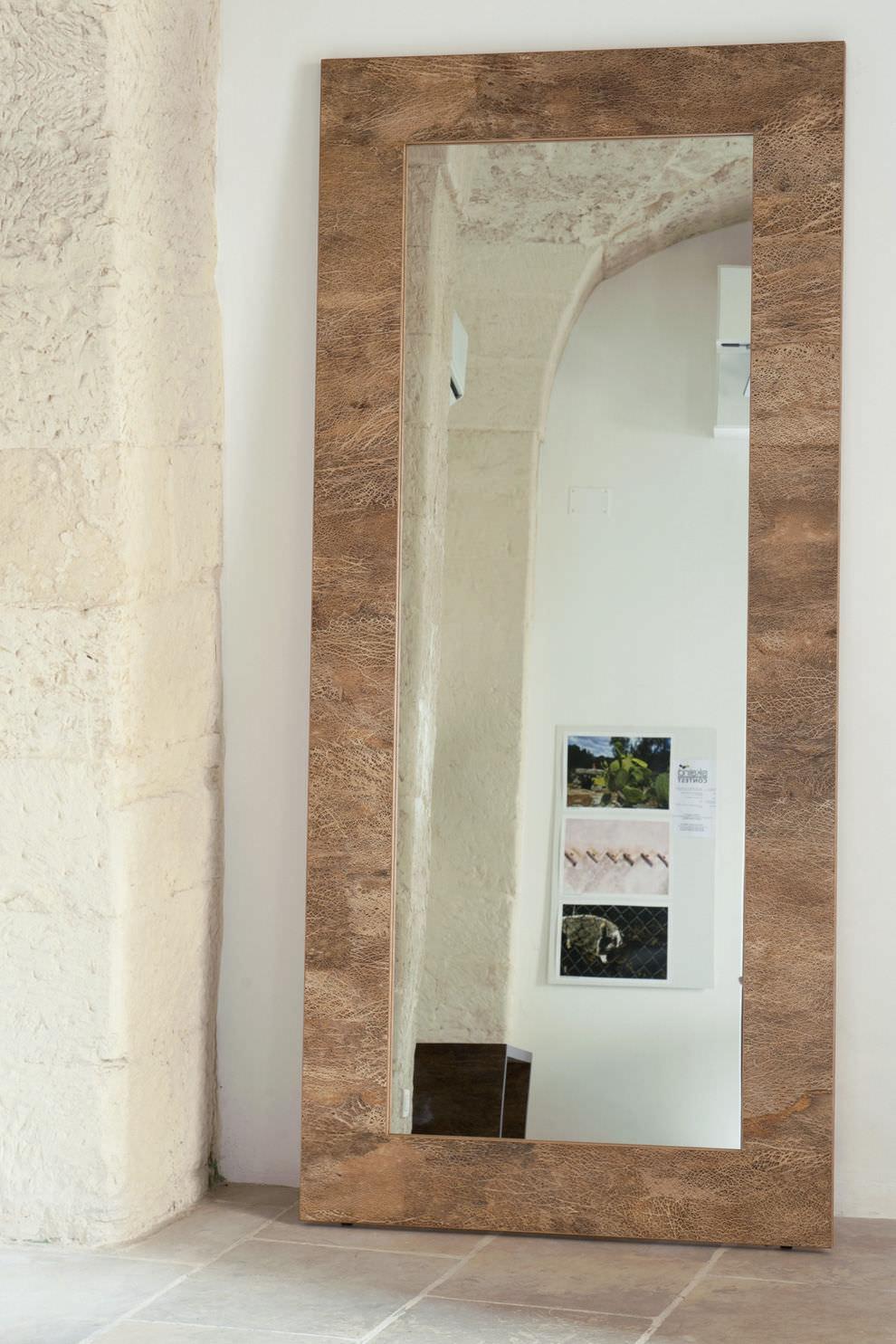 Miroir sur pied / contemporain / rectangulaire / en bois - 200 ...
