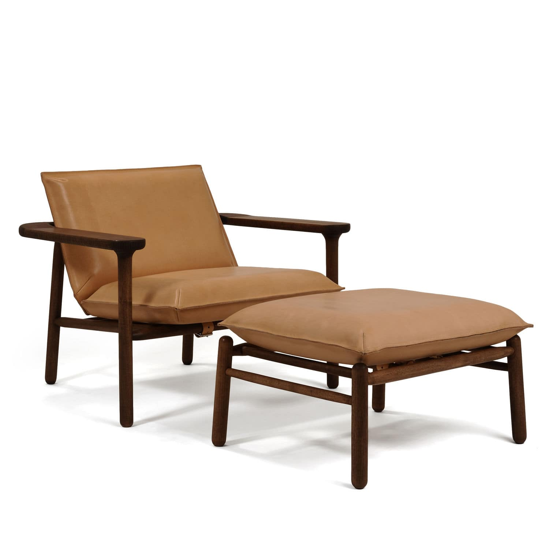 Fauteuil design scandinave en bois massif en cuir IGMAN by