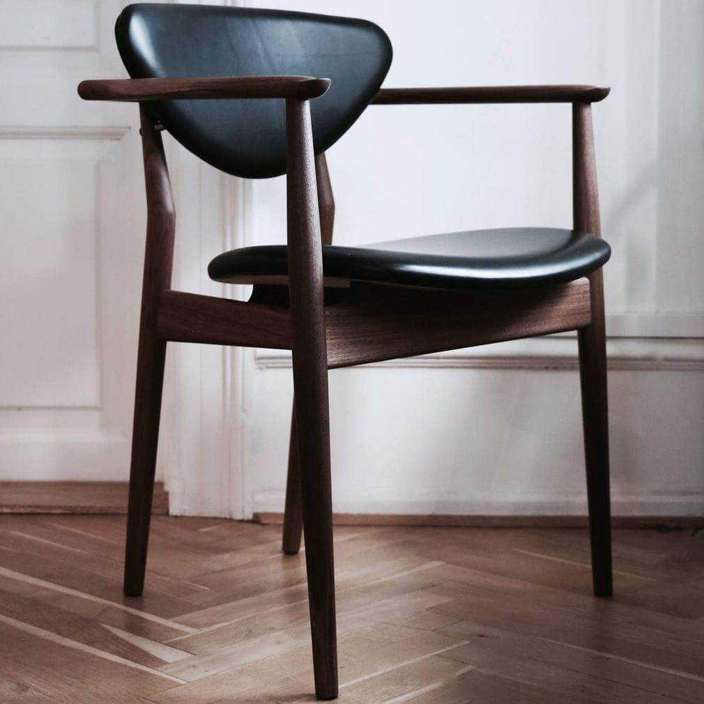 Chaise De Salle Manger Design Scandinave Tapisse Avec Accoudoirs En Tissu