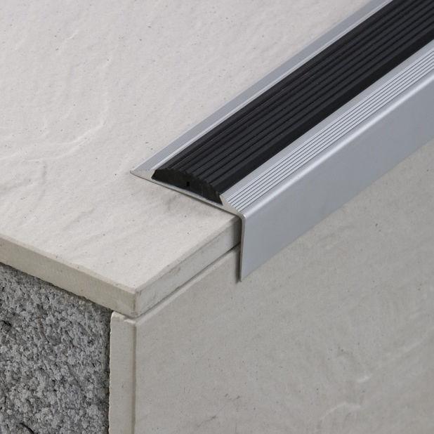 profilé de finition nez de marche / en aluminium / pour carrelage