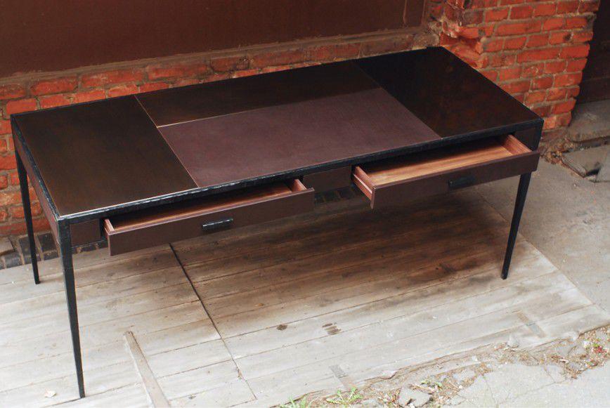 Bureau en bronze en fer forgé en cuir en galuchat tabalta