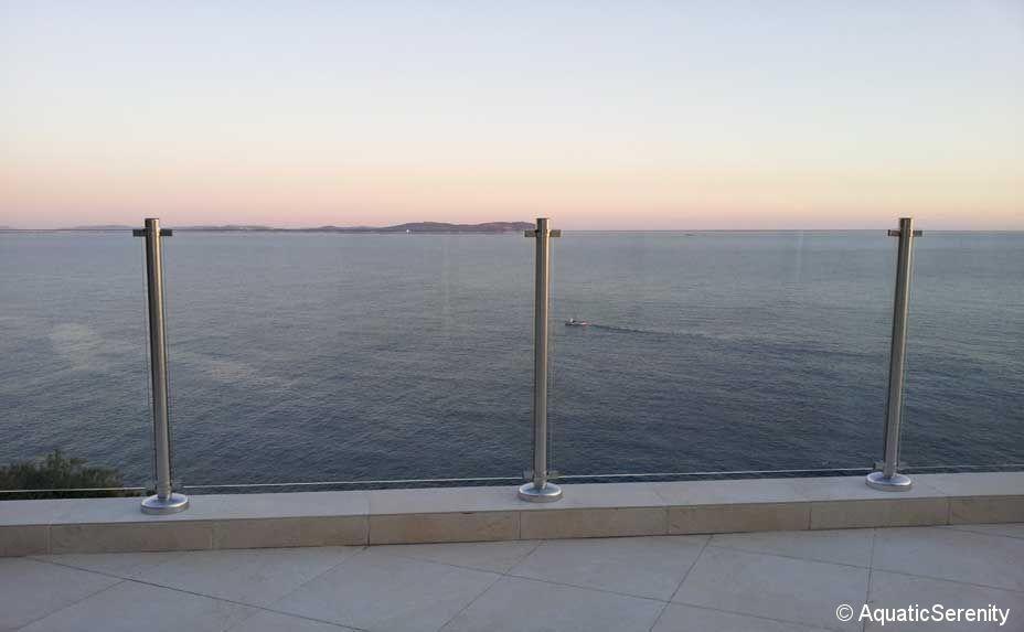 Garde-corps en verre / à panneaux / d\'extérieur / pour terrasse ...