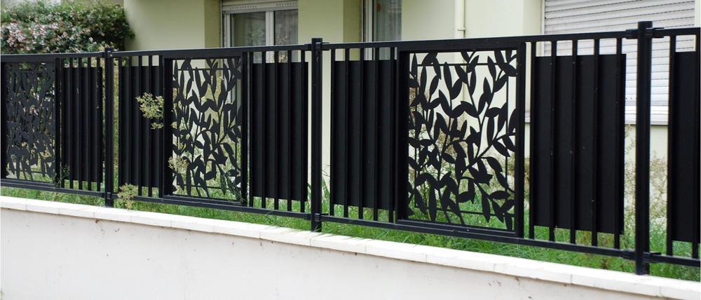Clôture de jardin métallique acheter grillage | Lesrelaisdalsacecaen