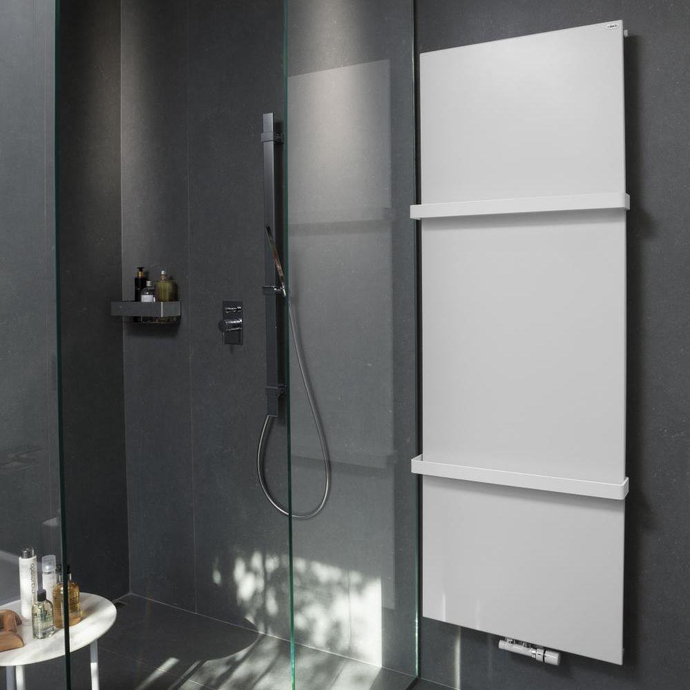 Sèche-serviettes à eau chaude / en métal / contemporain / horizontal ...