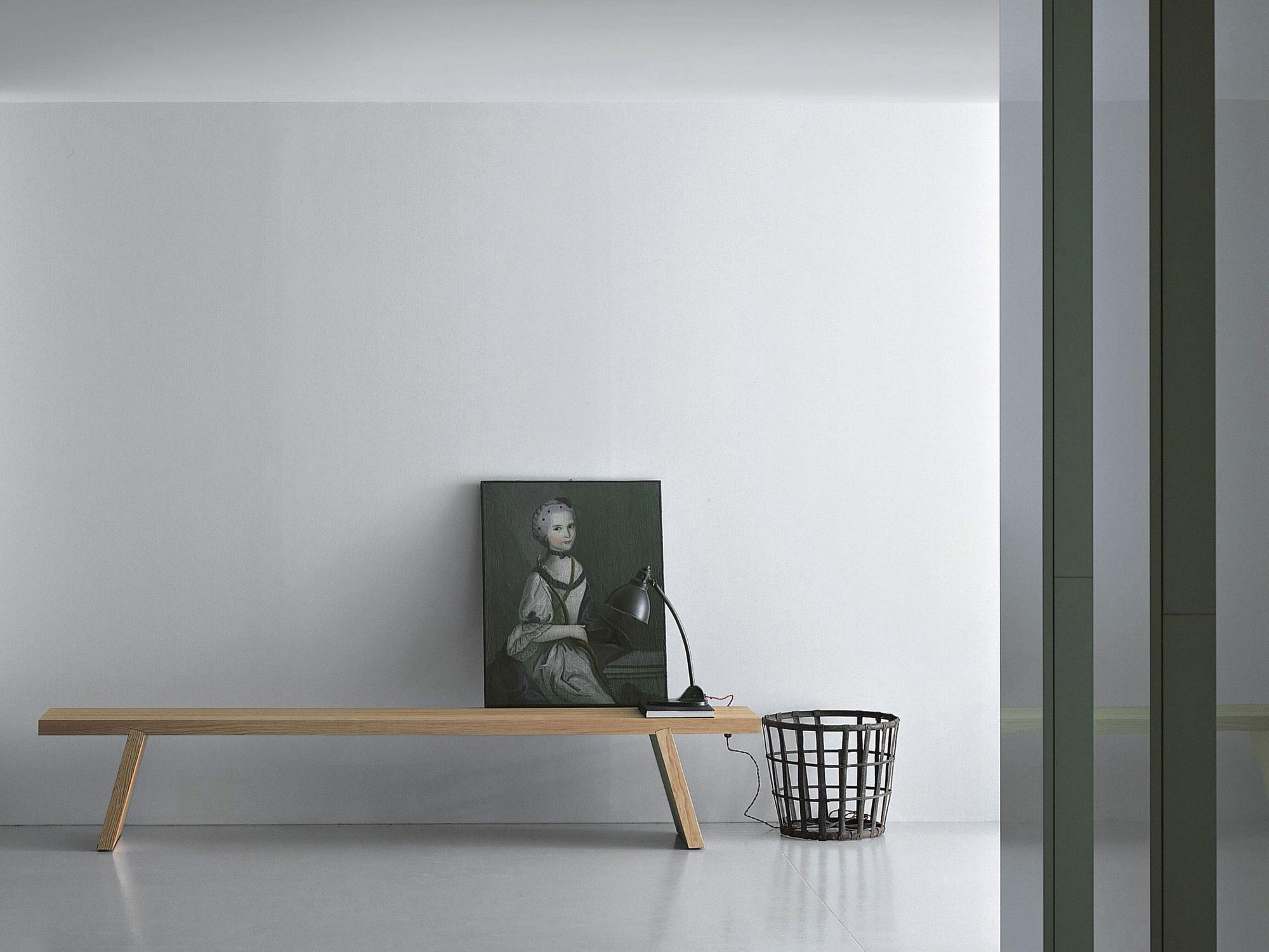 Banc contemporain / en bois massif / par Piero Lissoni - GROOVE - Porro