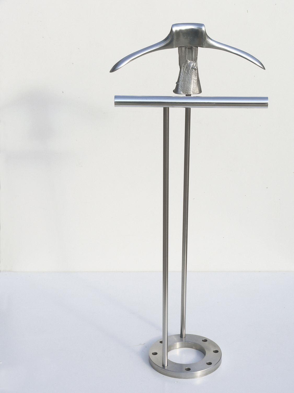 Valet de nuit sur pied / contemporain / en métal   atelier milano ...
