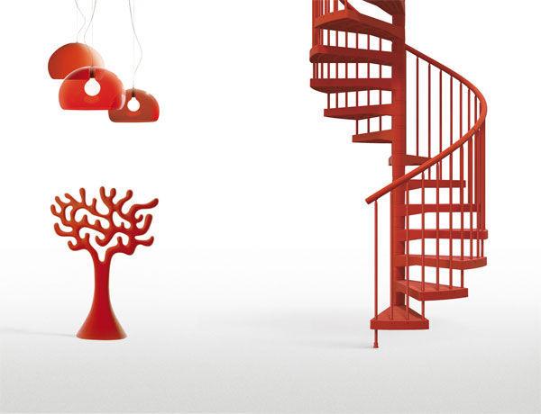 escalier en colimacon rouge