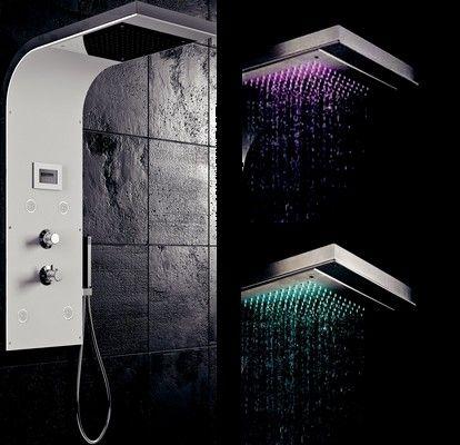 colonne de douche avec lumiere