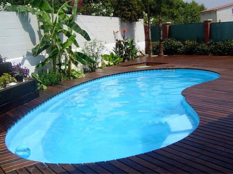coque piscine taxe