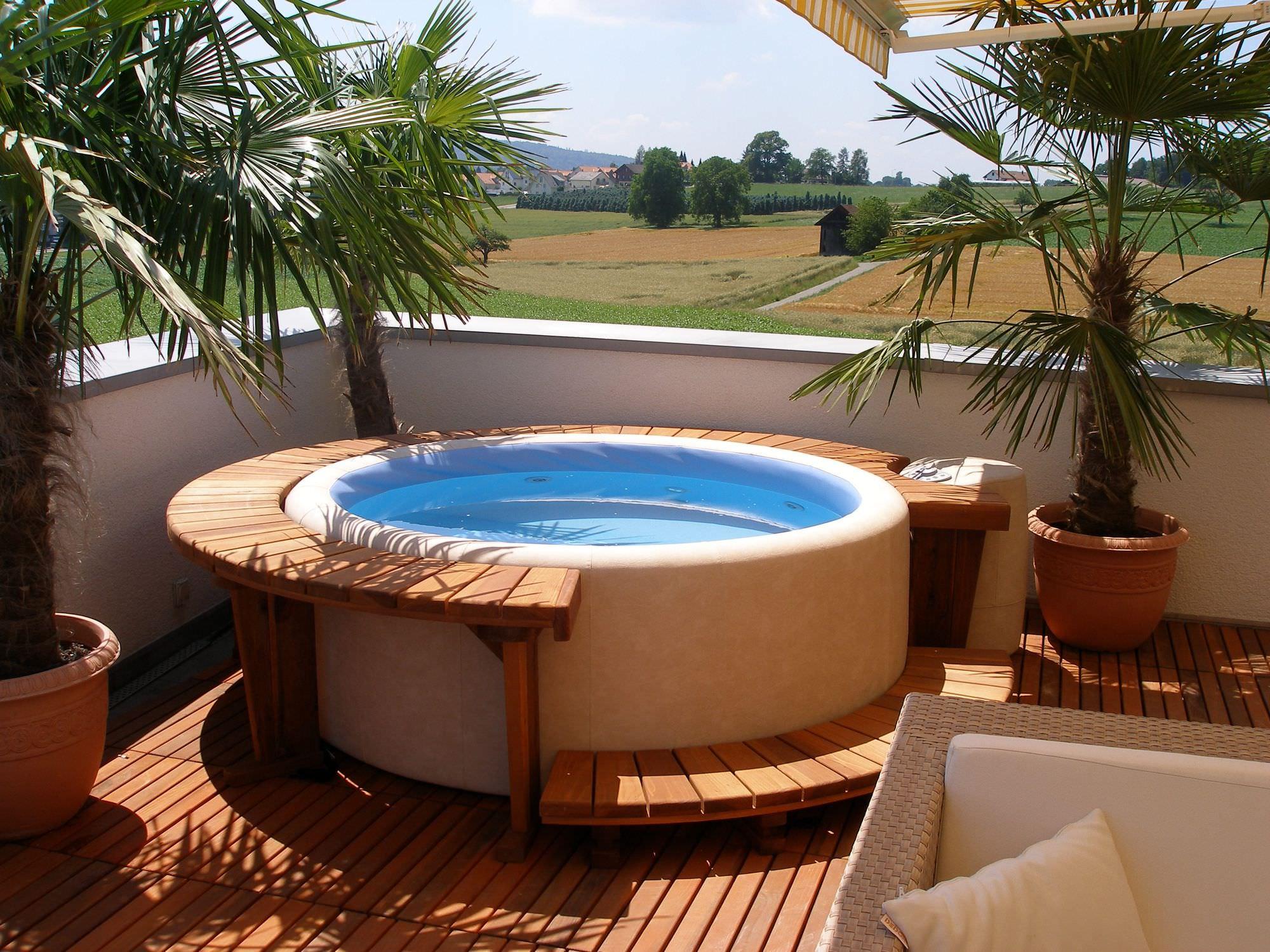 Spa Hors Sol Circulaire Avec Eclairage A Led Integre Resort