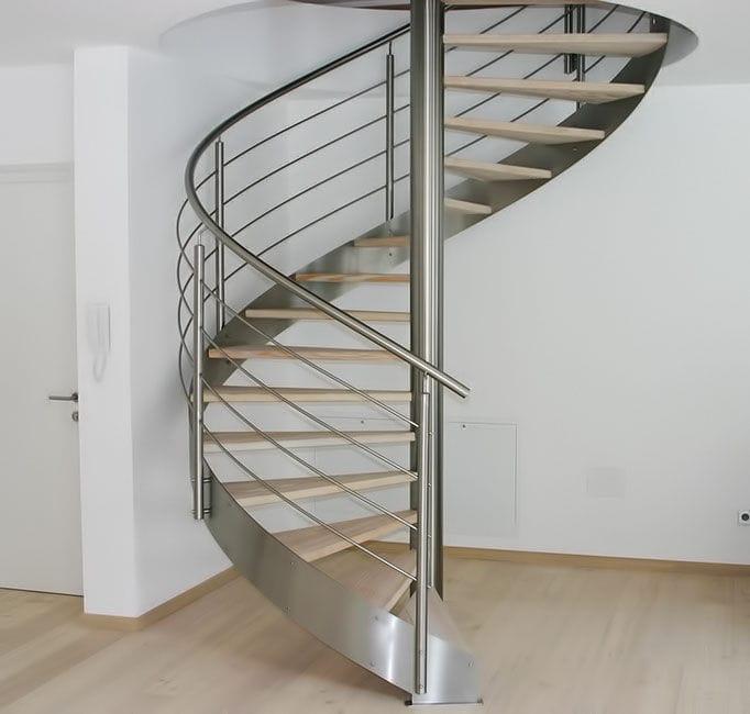 escalier en colimacon inox