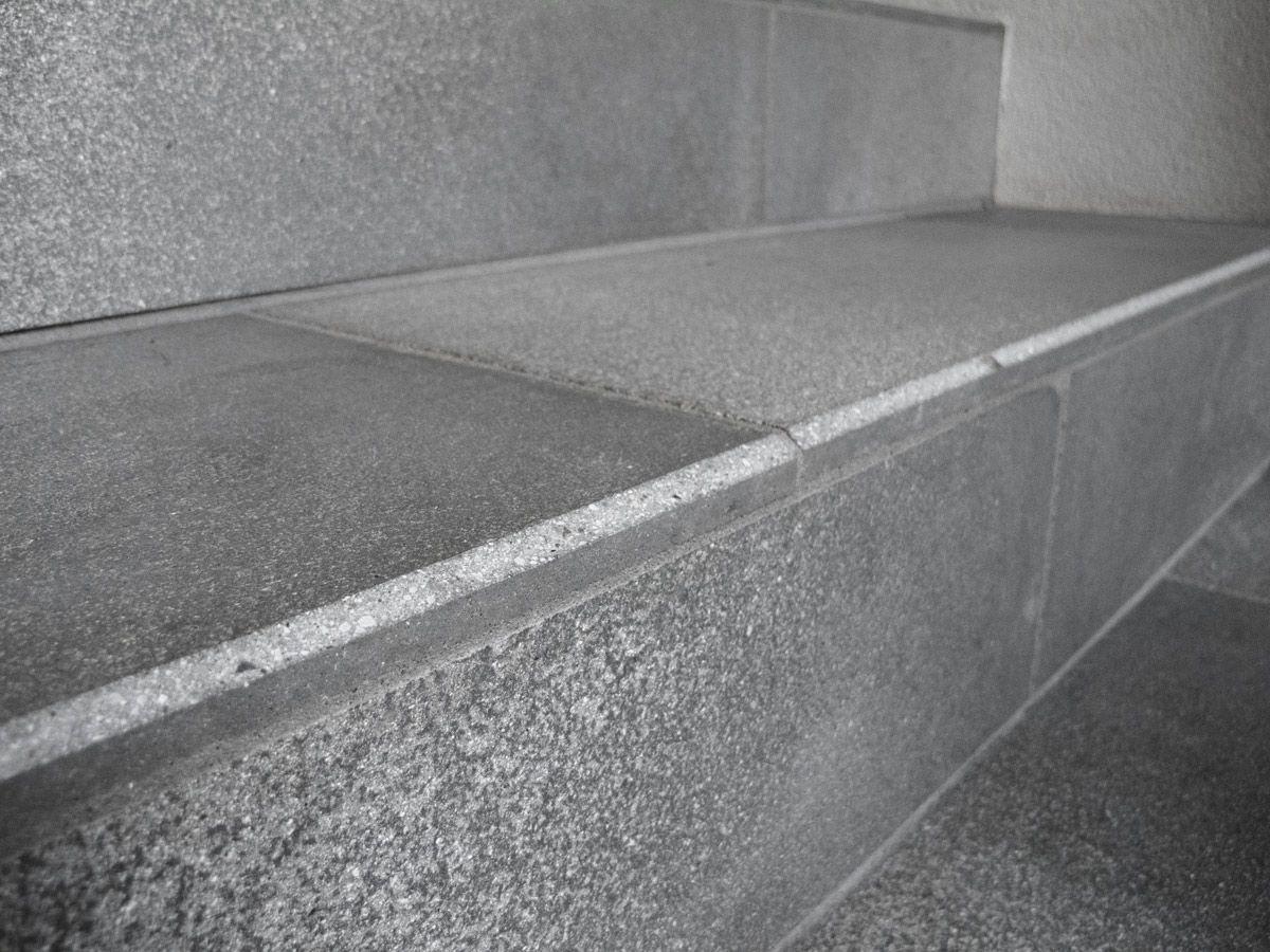 escalier exterieur contemporain concernant escalier droit marche en pierre avec contremarche - Marche En Pierre Exterieur