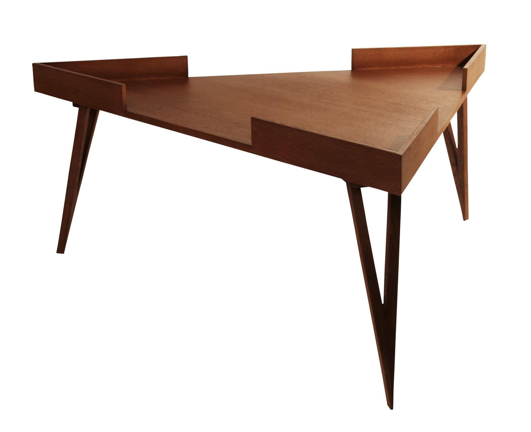 e069ea29c7733a Table basse contemporaine   en bois   triangulaire - TRIANGLE ...