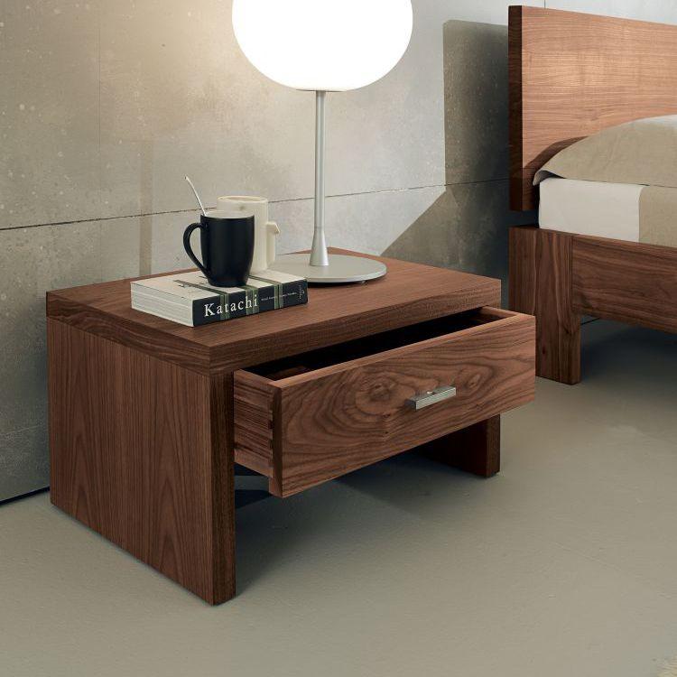 Table de chevet contemporaine / en bois massif / rectangulaire ...