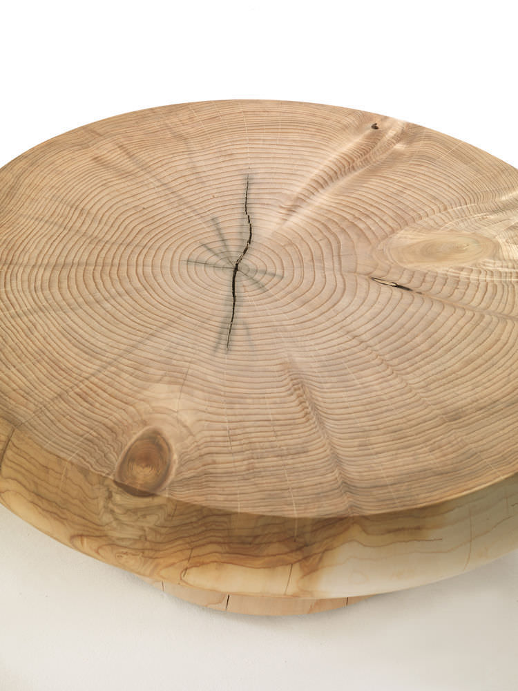 Table Basse Contemporaine En Bois Massif Ronde Kenobi By