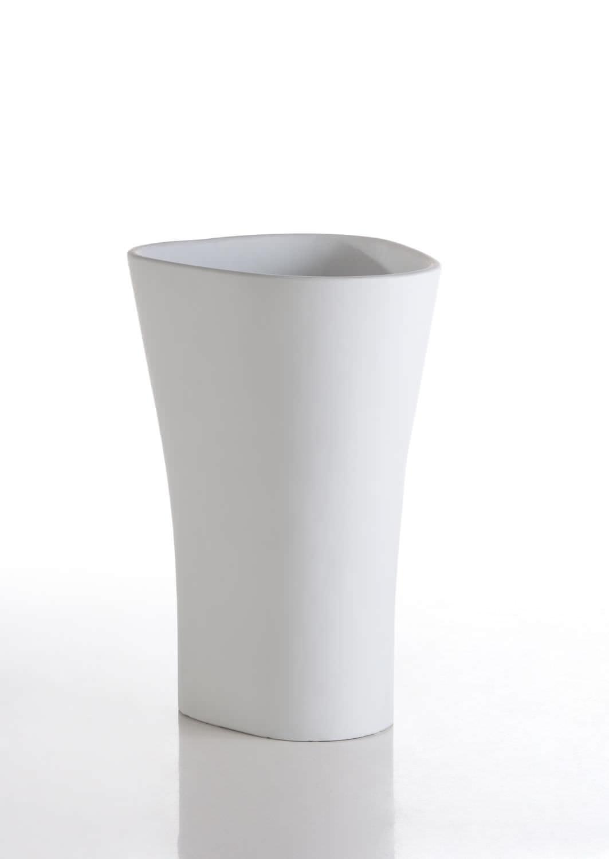pot de jardin en polyéthylène / lumineux - bones by ludovica