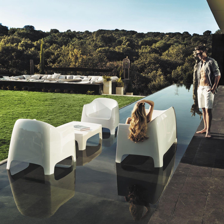 Canapé contemporain / de jardin / en plastique / 2 places - SOLID by ...