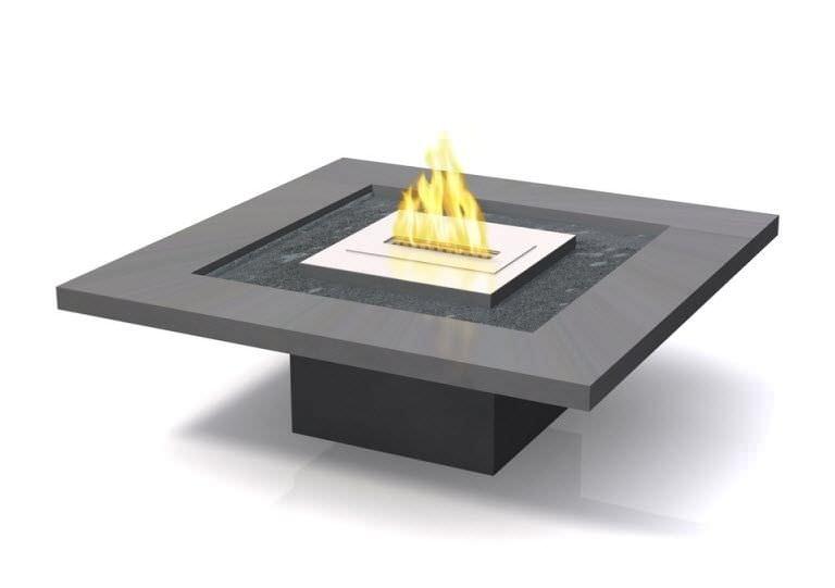 table basse contemporaine / en béton / carrée / de jardin - 918