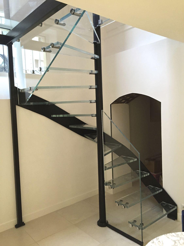 Le célèbre Escalier en colimaçon carré / hélicoïdal / structure en acier &UY_65