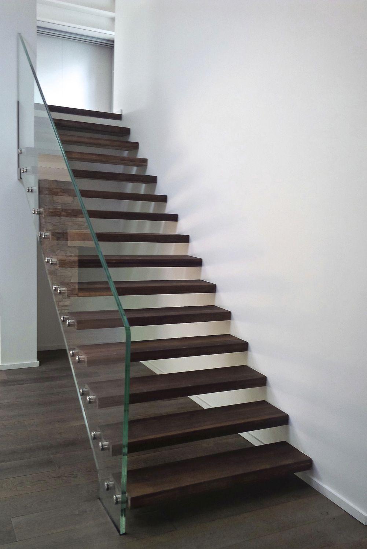 Escalier Sans Contremarche escalier droit / structure en verre / marche en chêne / sans