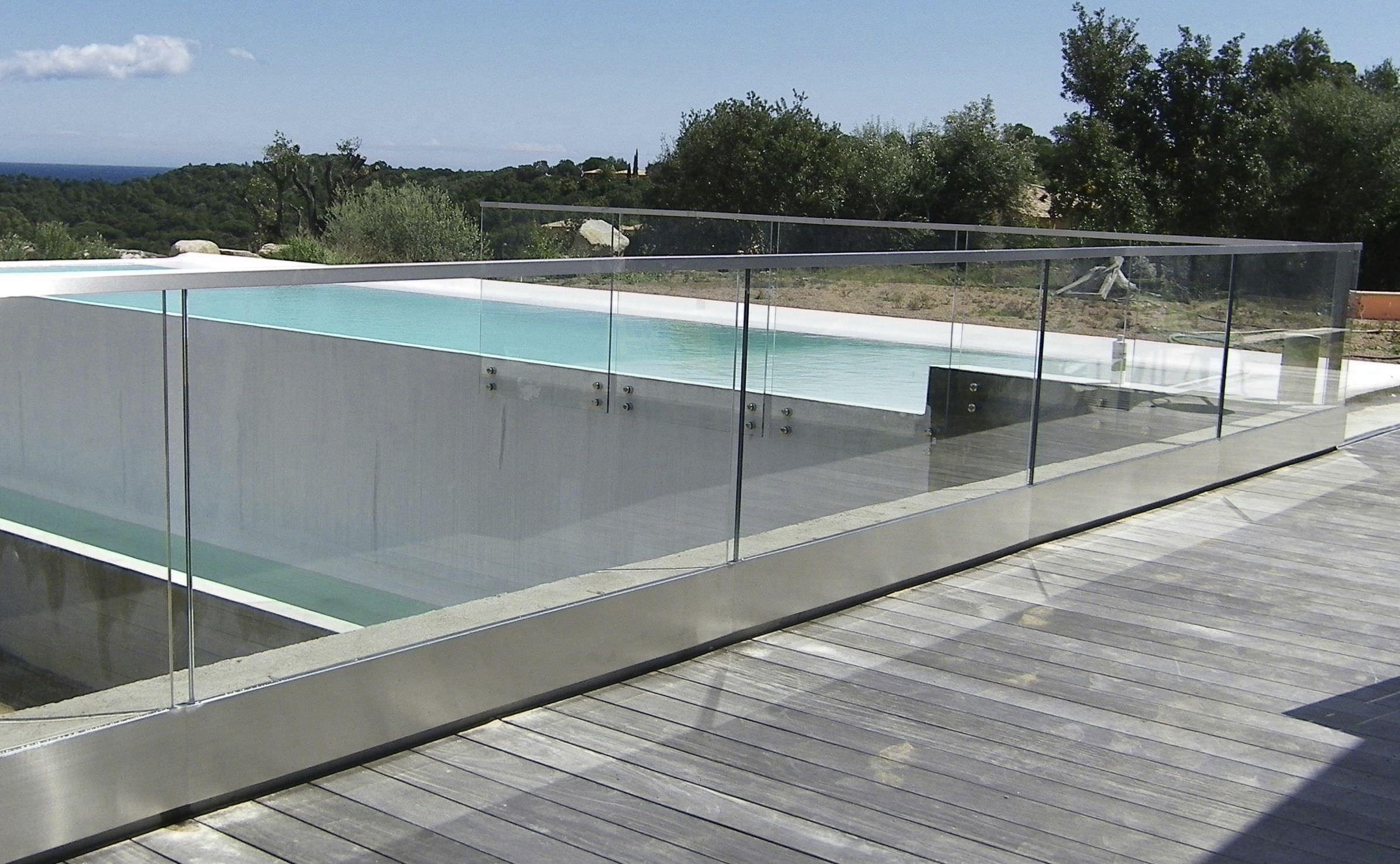 Garde-corps en verre / à panneaux en verre / d\'extérieur / pour ...