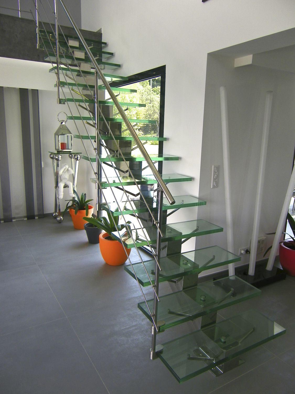 Escalier Droit Sans Rampe tout escalier droit / marche en verre / structure en acier inoxydable
