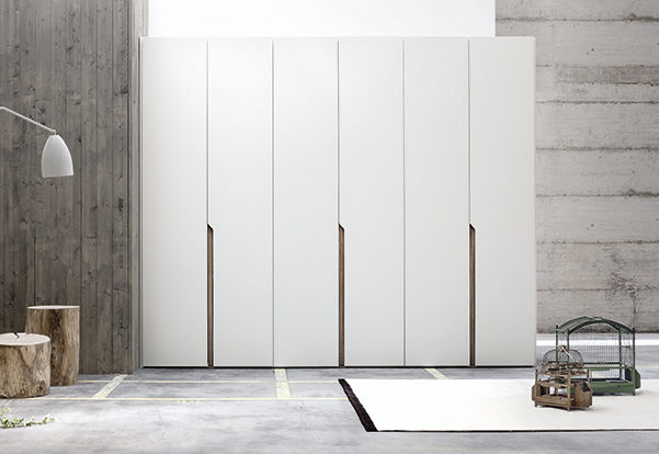 Armoire contemporaine / en bois / à porte battante - MULTIPLO - Le ...