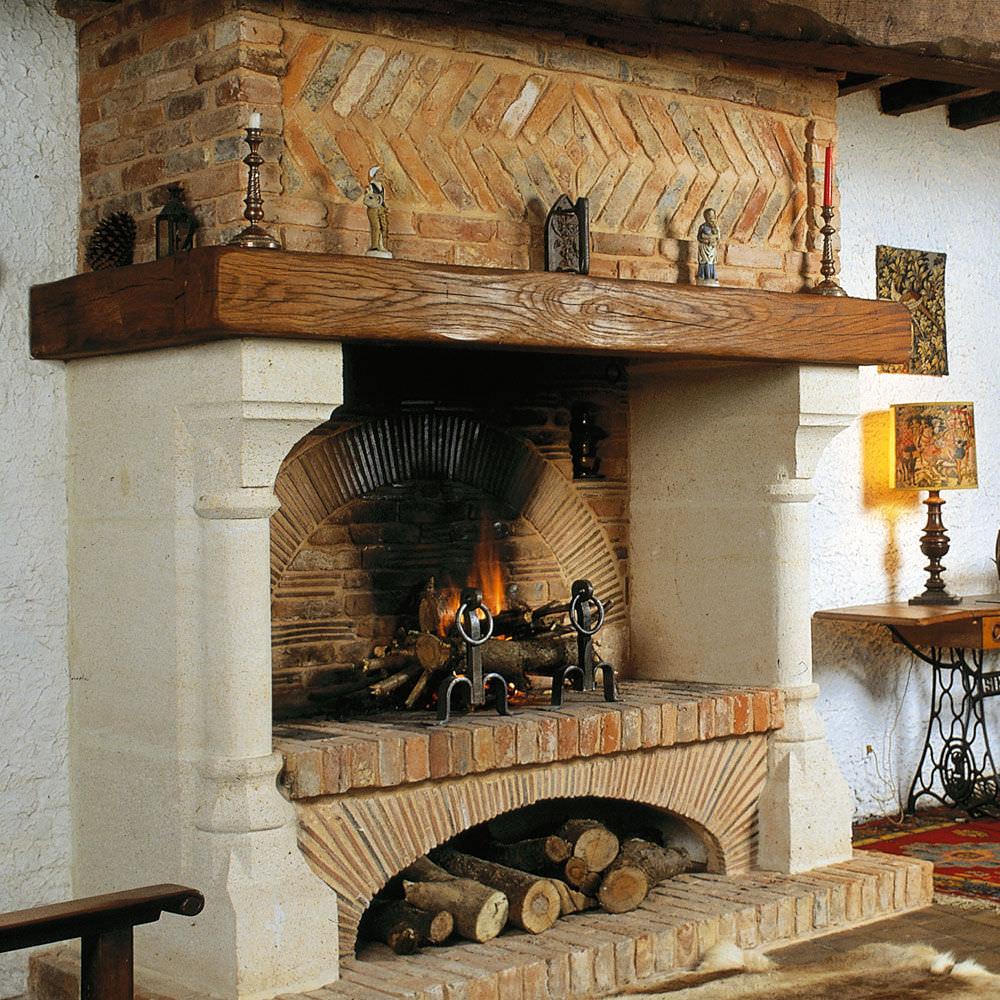 cheminee foyer ouvert bois