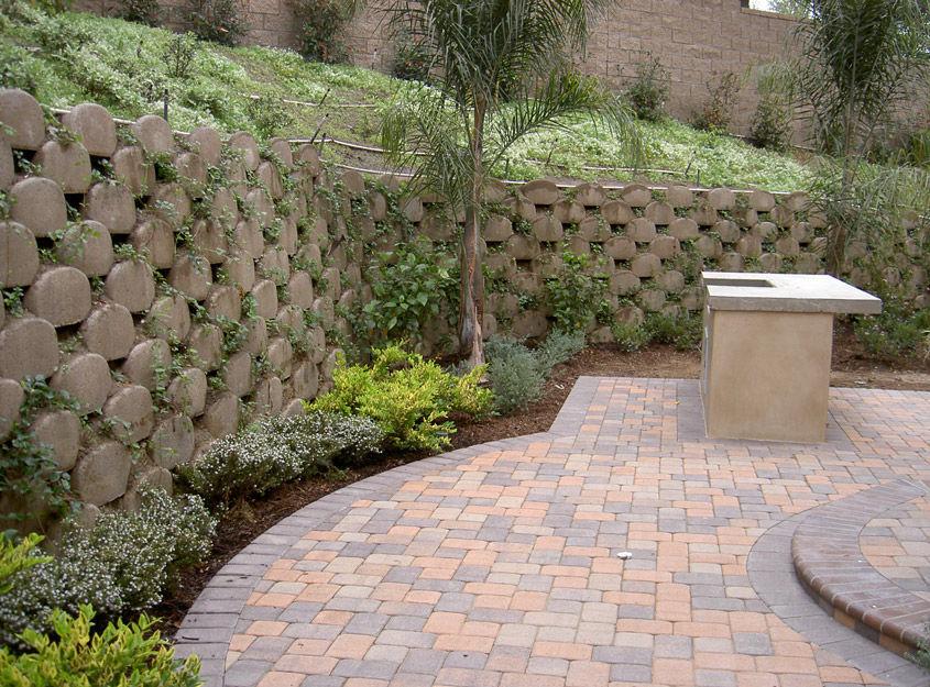 Mur De Soutnement En Bton  Pour Clture De Jardin  Garden Walls