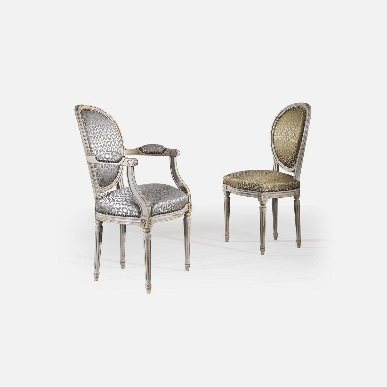Chaise De Style Louis XVI Tapisse Avec Accoudoirs Mdaillon