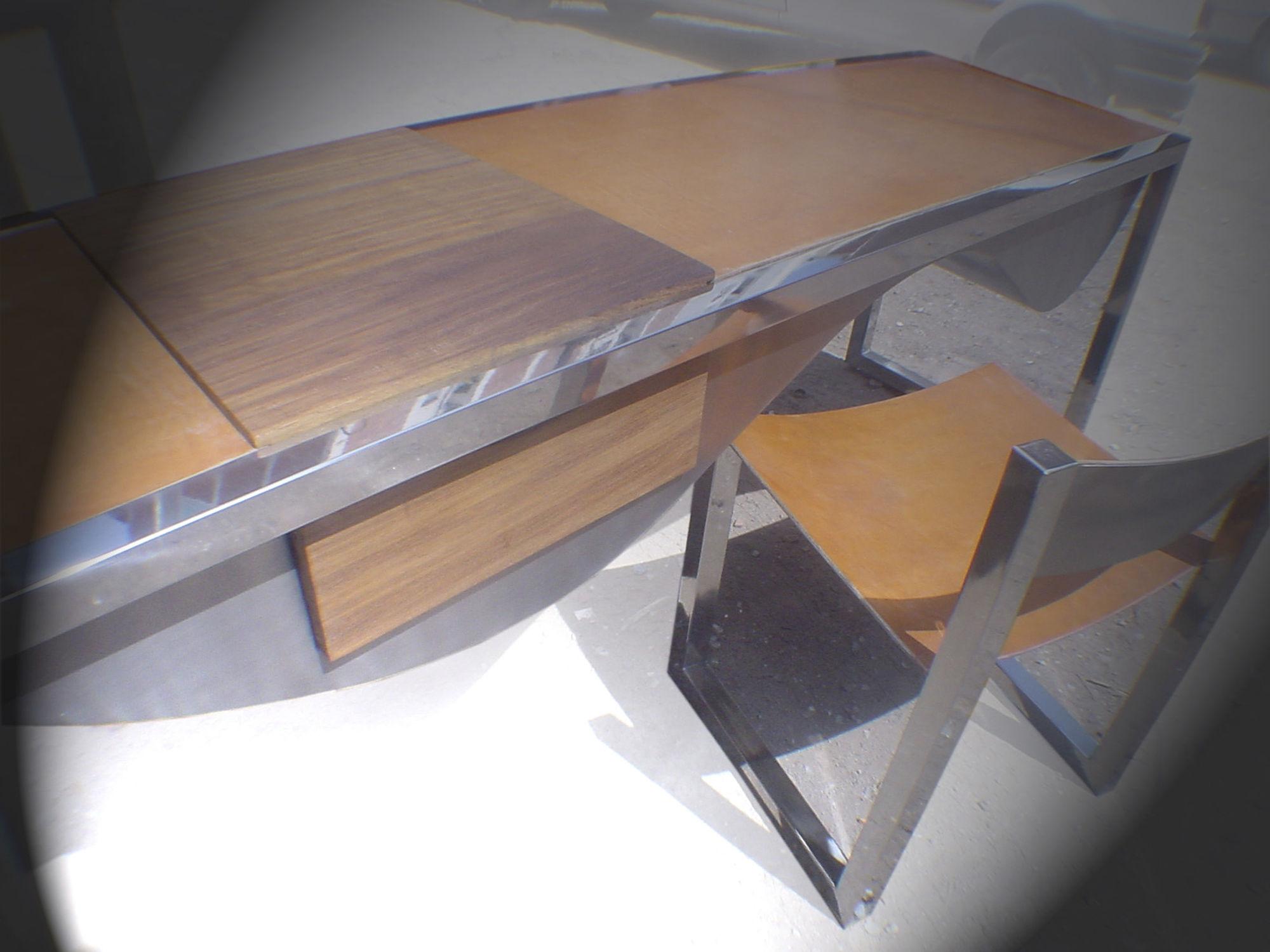 Bureau en inox en cuir contemporain pour hôtel wave ici et la