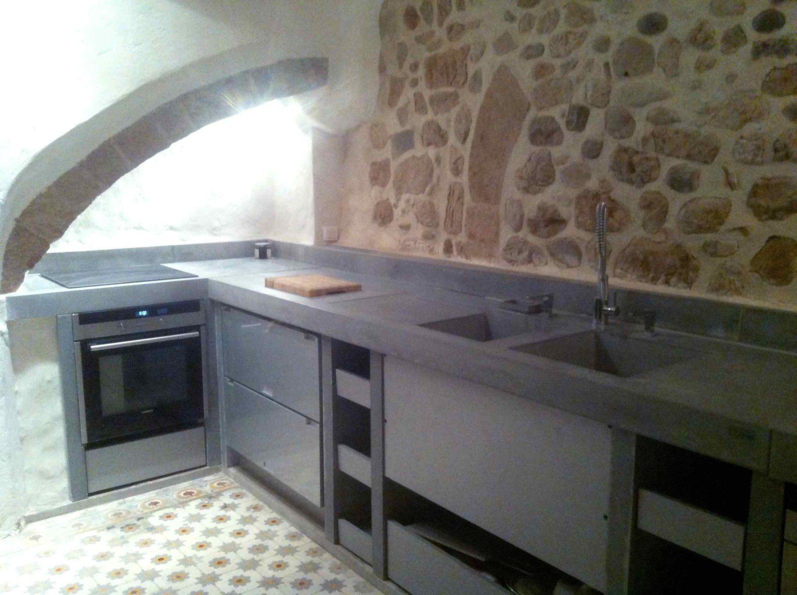 Cuisine contemporaine / en béton bfuhp Ductal® / en acier / mate ...