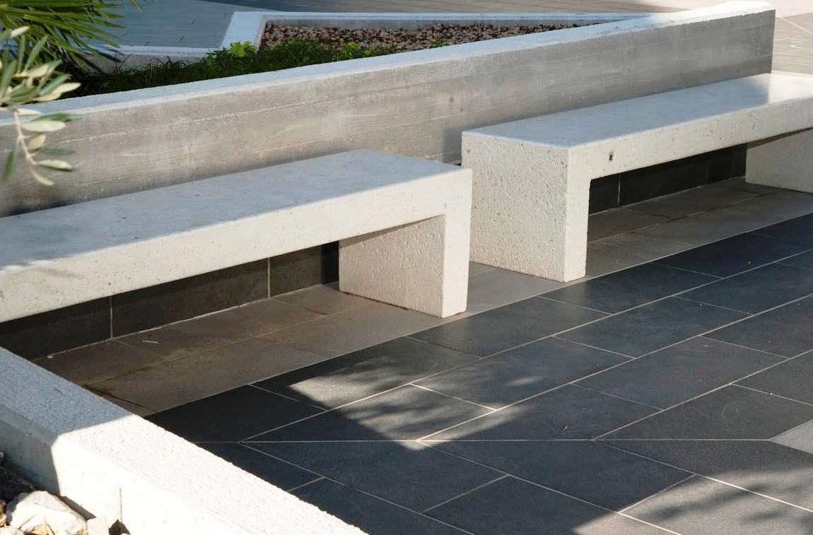banc public / contemporain / en marbre / en pierre reconstituée
