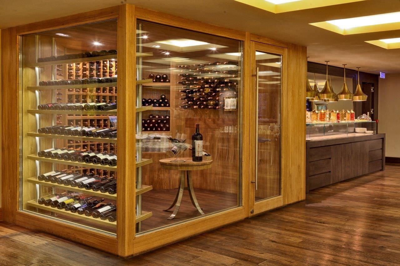 Cave A Vin Bois cave à vin professionnelle / encastrable / en verre / en bois