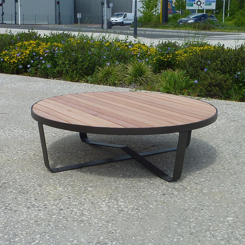 Table Basse Design Original En Bois En Acier Ronde Karma