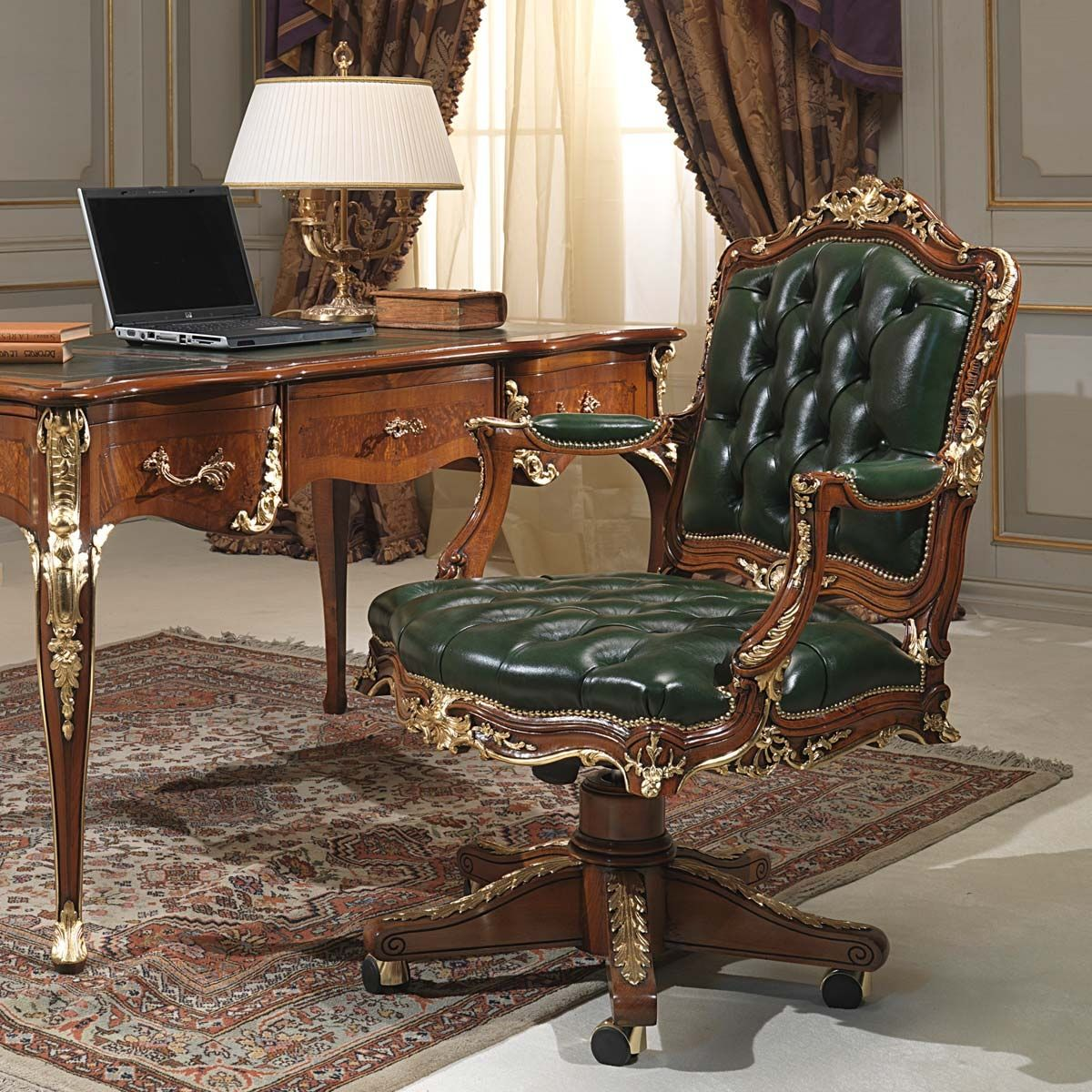 Fauteuil de bureau de style en bois en cuir pivotant