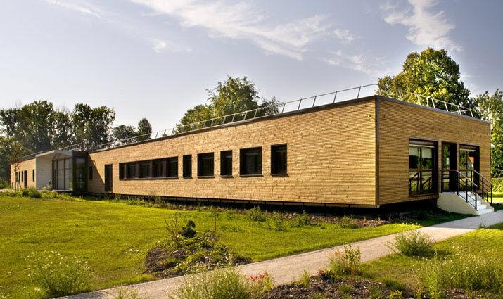 Bâtiment préfabriqué en bois pour bureau écologique edf 1