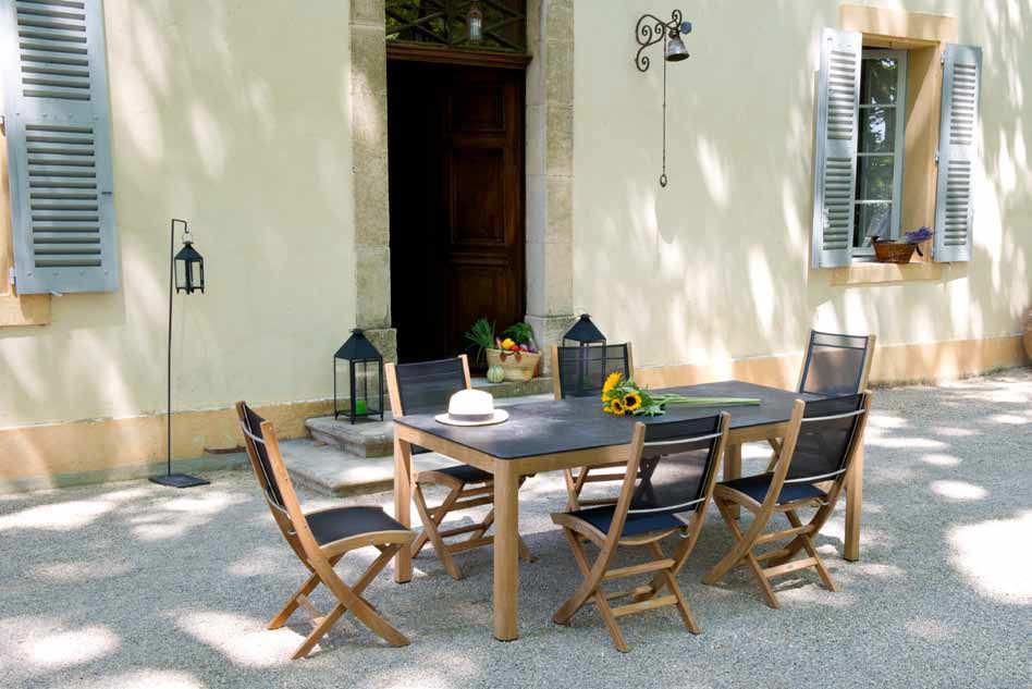 Chaise contemporaine / en noyer / pliante / de jardin - TEKURA by ...